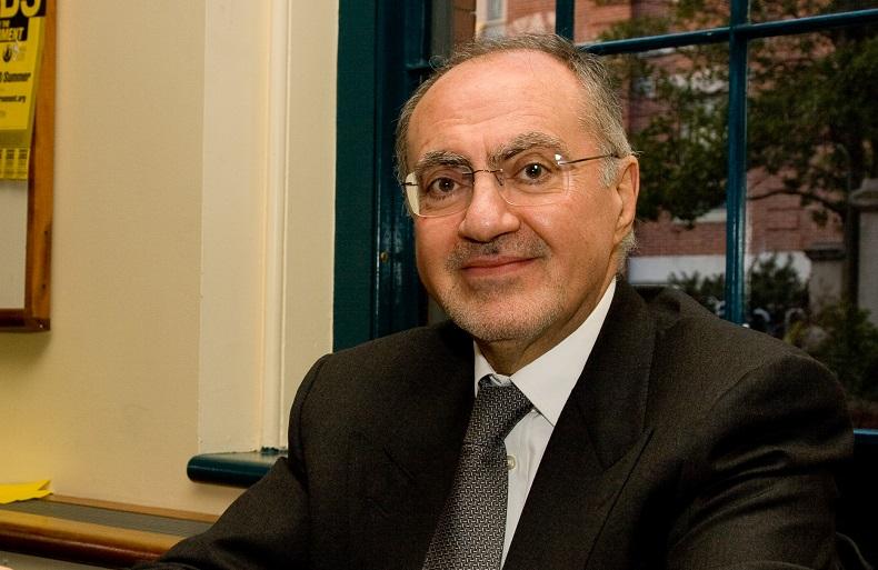 وزير المالية علي علاوي